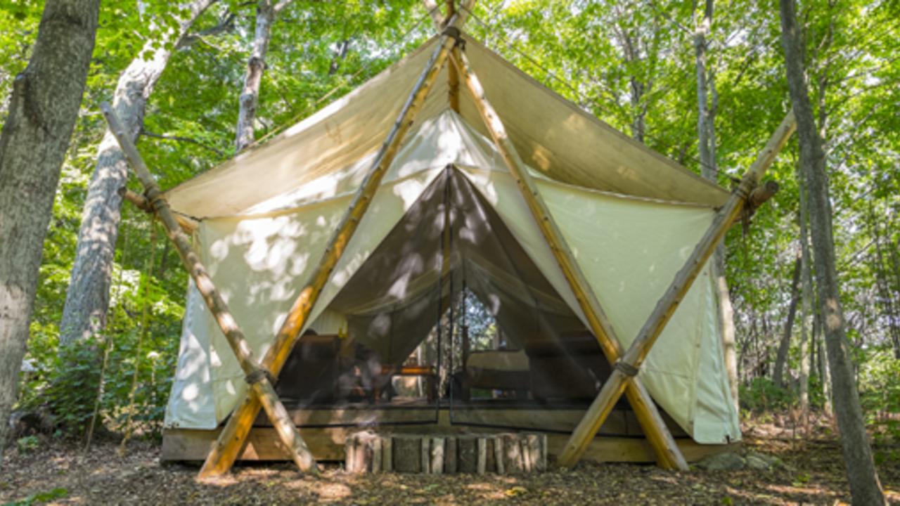 Mimxig5sz2qjxtwttfuz the ultimate glamping business guide safari tent sm