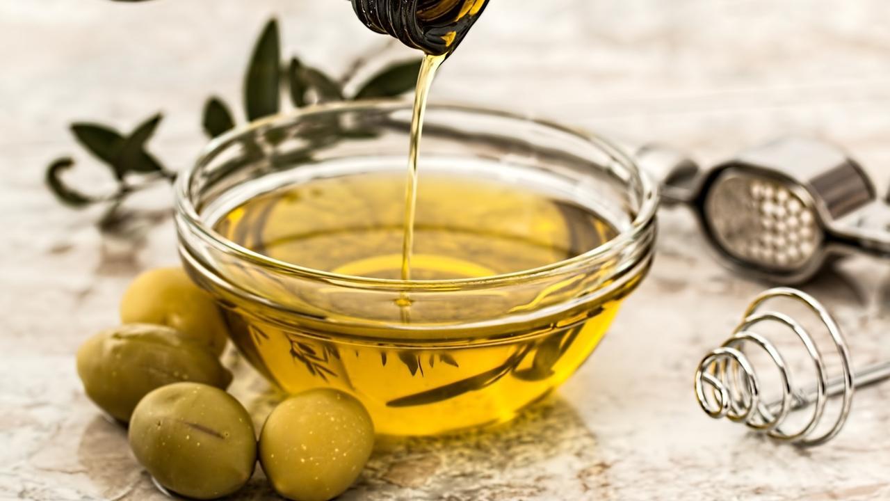 H2vblnprqje85xkmu06v olive oil