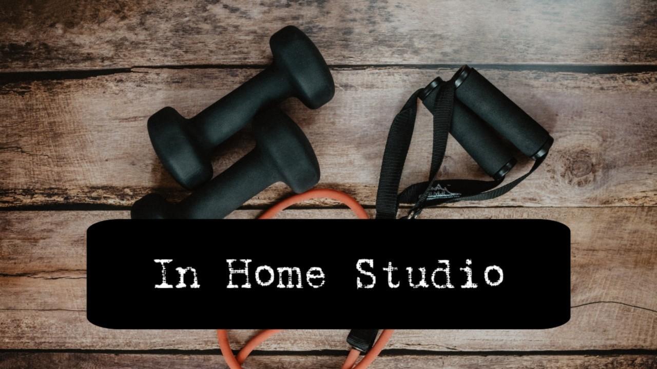 Qxzwxgptzar5phlo7rma in home studio cover 2