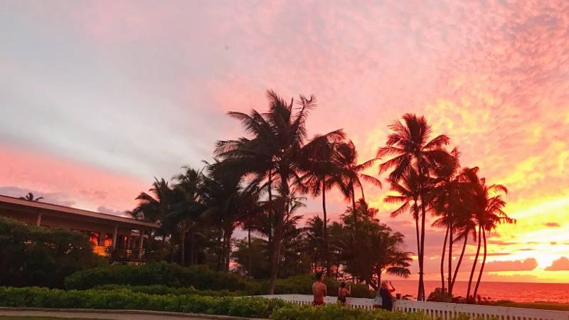 Maui Sunset Hawaii - Manifesting with the LoA