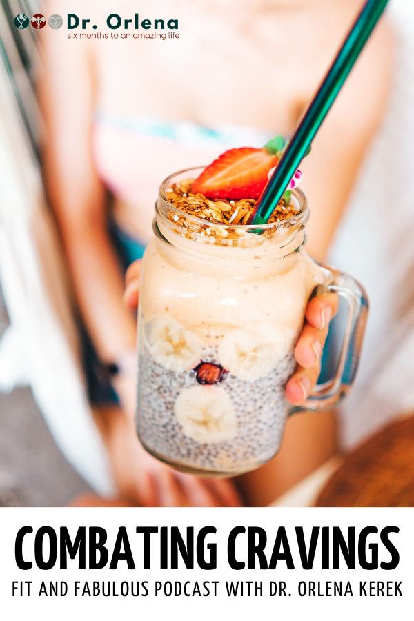 A woman holding a breakfast smoothe inside a mason jar #healthy #healthylife #healthyliving #healthylifetips #healthylivingtips #healthyeating #lifestyle #eatinghealty #cravings #carbcravings #combatingcravings #combatingcarbcravings #combatcravings #combatcarbcravings