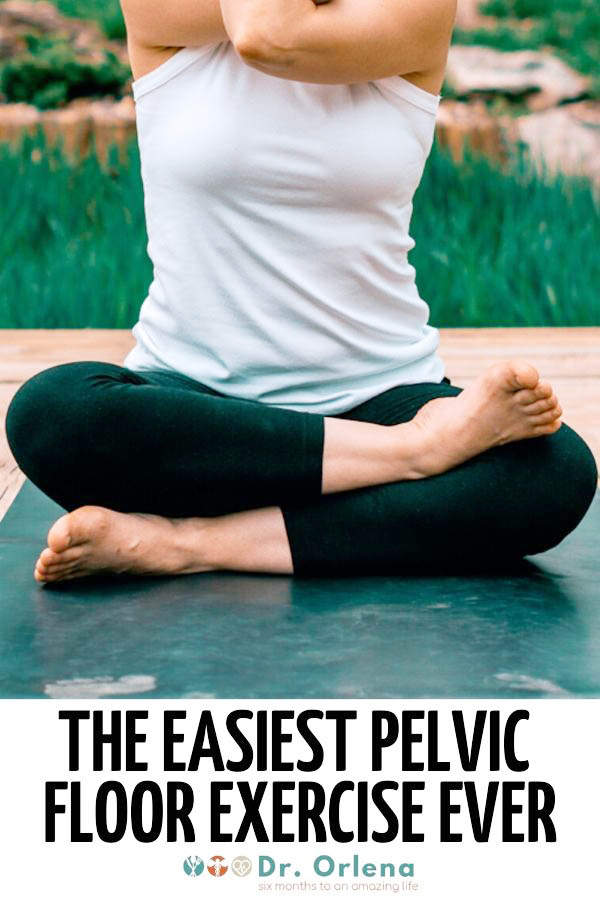 Closeup photo of a woman doing easy exercises to strengthen her pelvic floor #pelvicfloor #pelvicfloorexercises #pelvicfloordysfunction #pelvicfloorpain #pelvicfloorrelaxation #pelvicfloormuscles #pelvicfloorhealth #stressincontinence #stressincontinencetreatment #stressincontinenceexercise #stressincontinenceforwomen #stressincontinencehealth