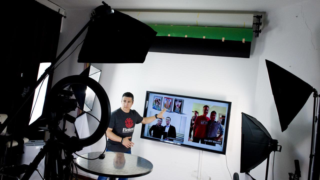 Corsi Online on Camera
