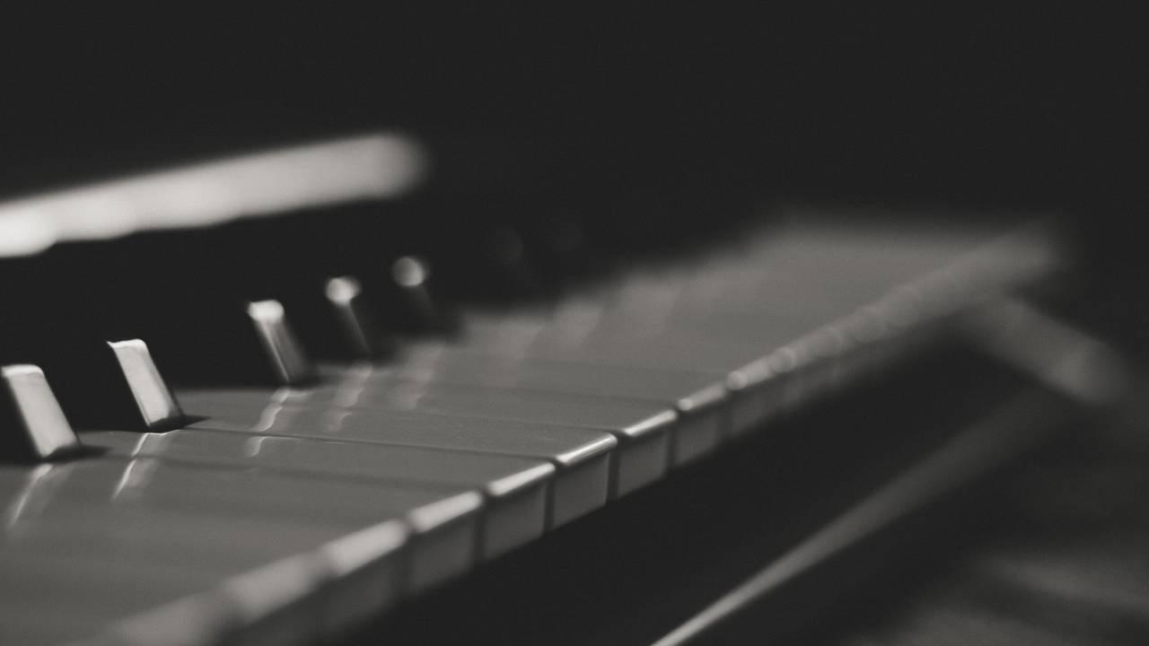 EDM Chord Progressions and Types of Chords