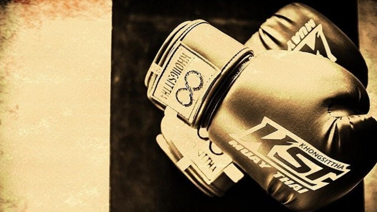 5 Signs It's Time To Replace Your Muay Thai Gloves