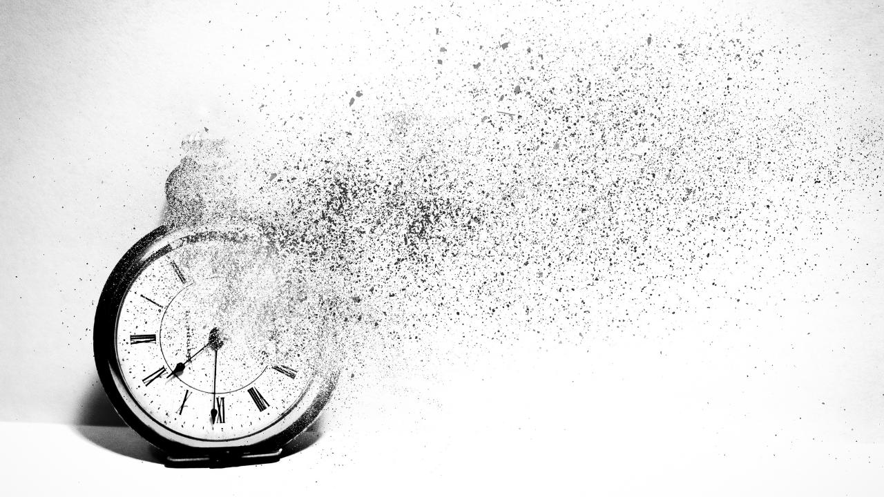 Clock evaporating away