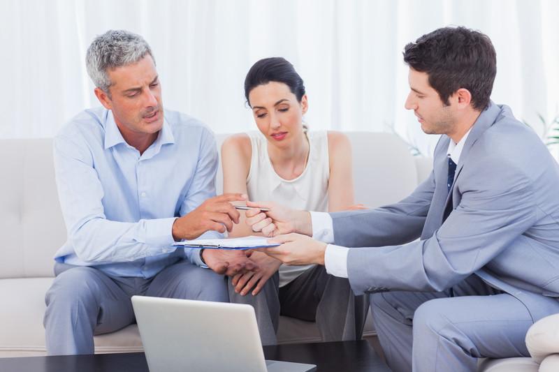 Migliori relazioni dei consumatori di siti Web di incontri