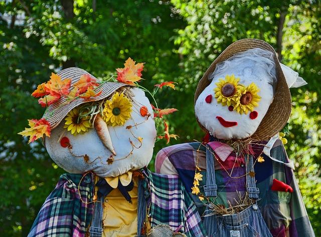examples of DIY Halloween Decorations