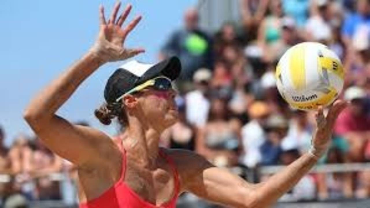 How To Hit An Effective Point Scoring Float Serve In Beach Volleyball