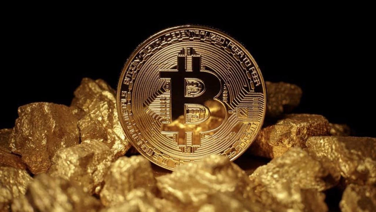 Bitcoin could go from 10K to 100K in 5 years as crypto becomes 'digital version of gold' – Bloomberg Intelligence
