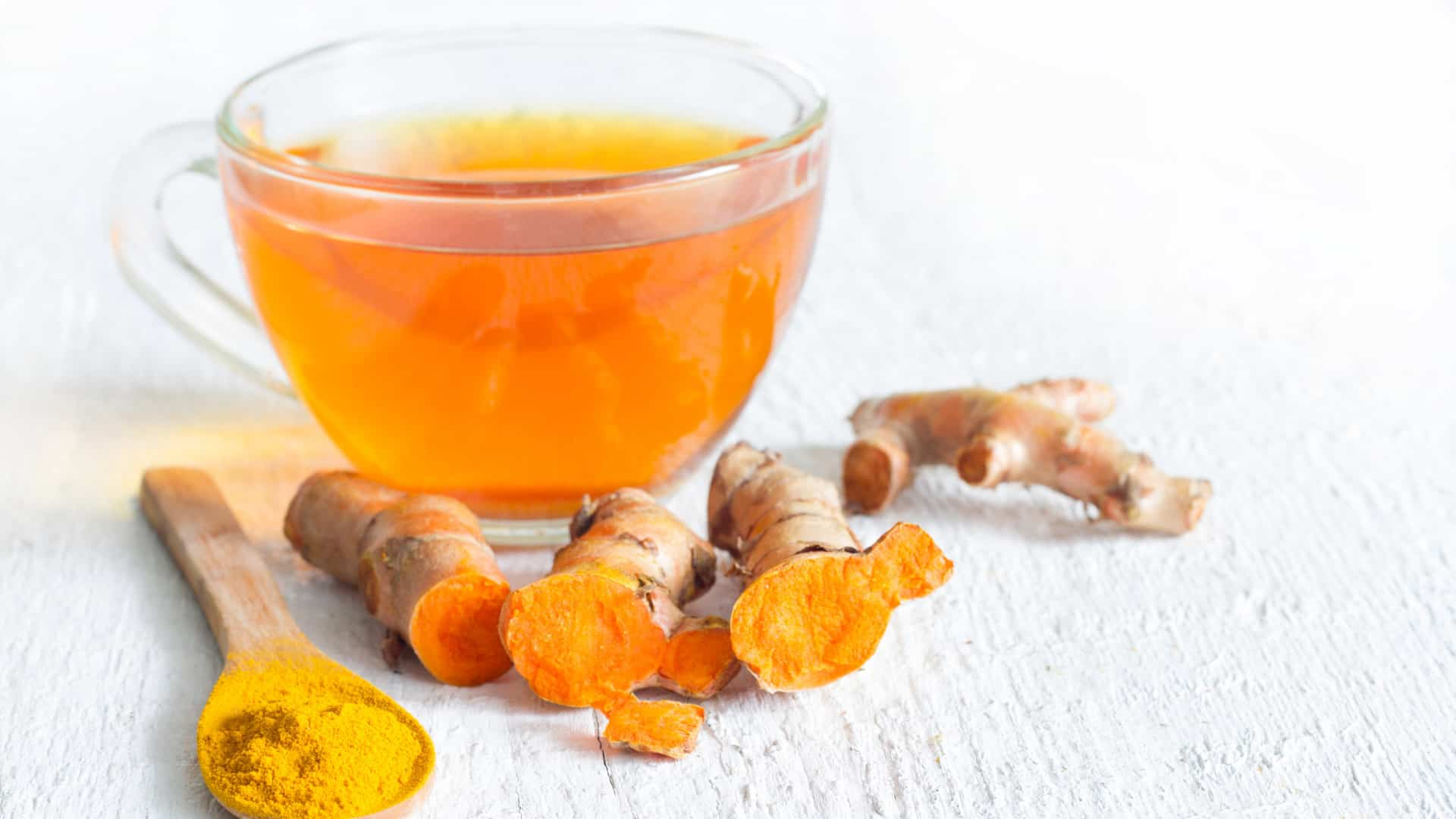 Turmeric can be used to make a surprisingly tasty tea.