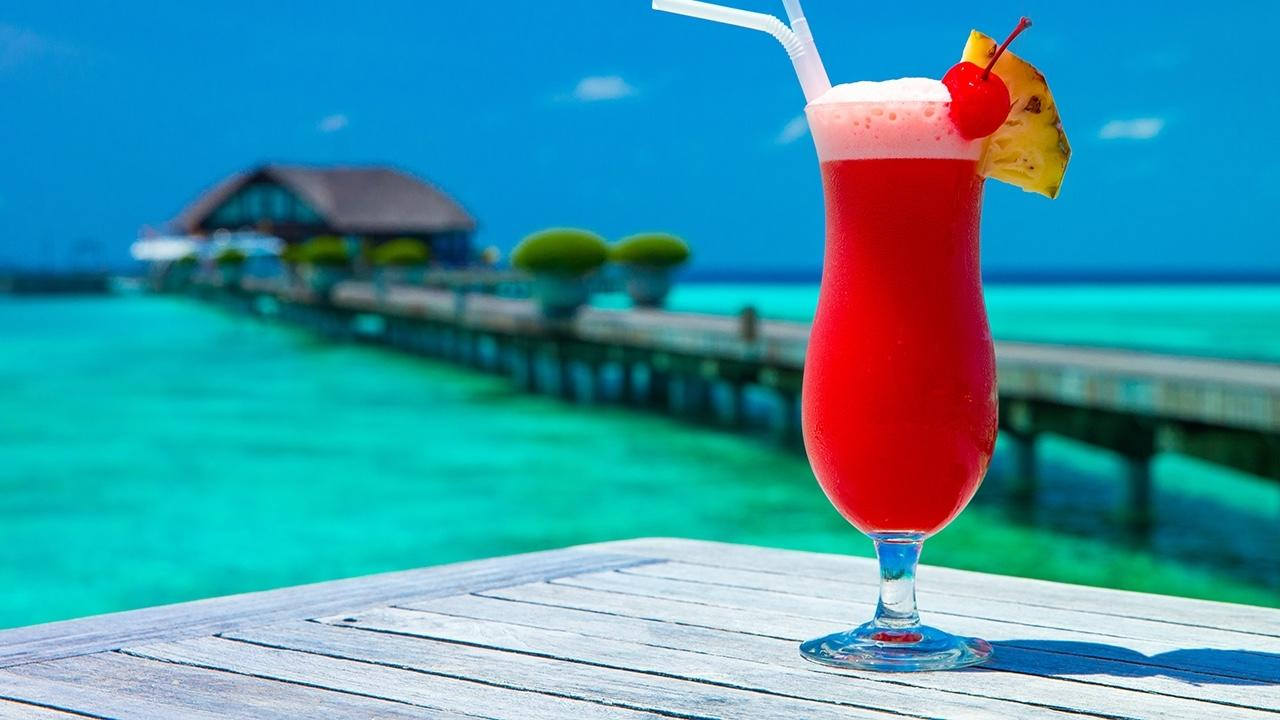 Free guide budget frozen drinks for your tropical vacation for Tropical vacation on a budget
