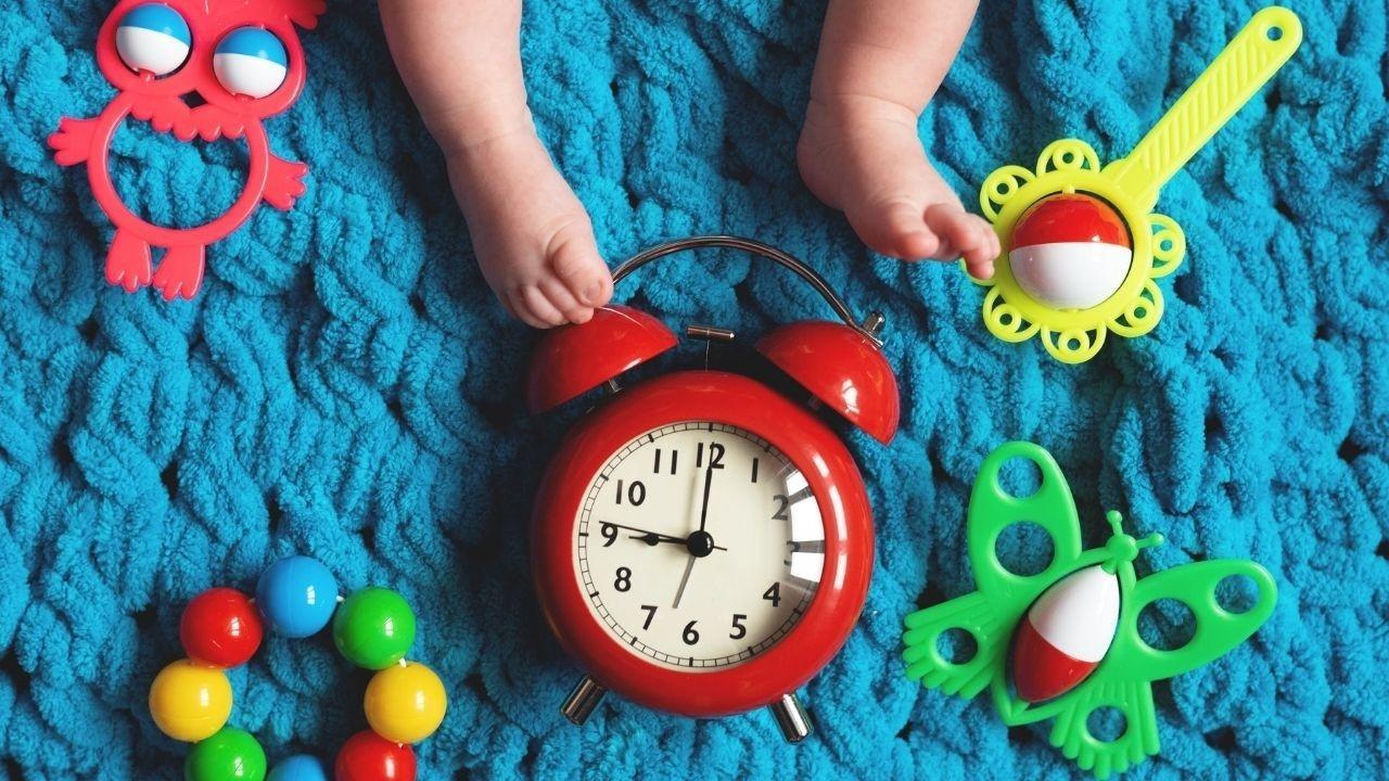 baby bedtime clock