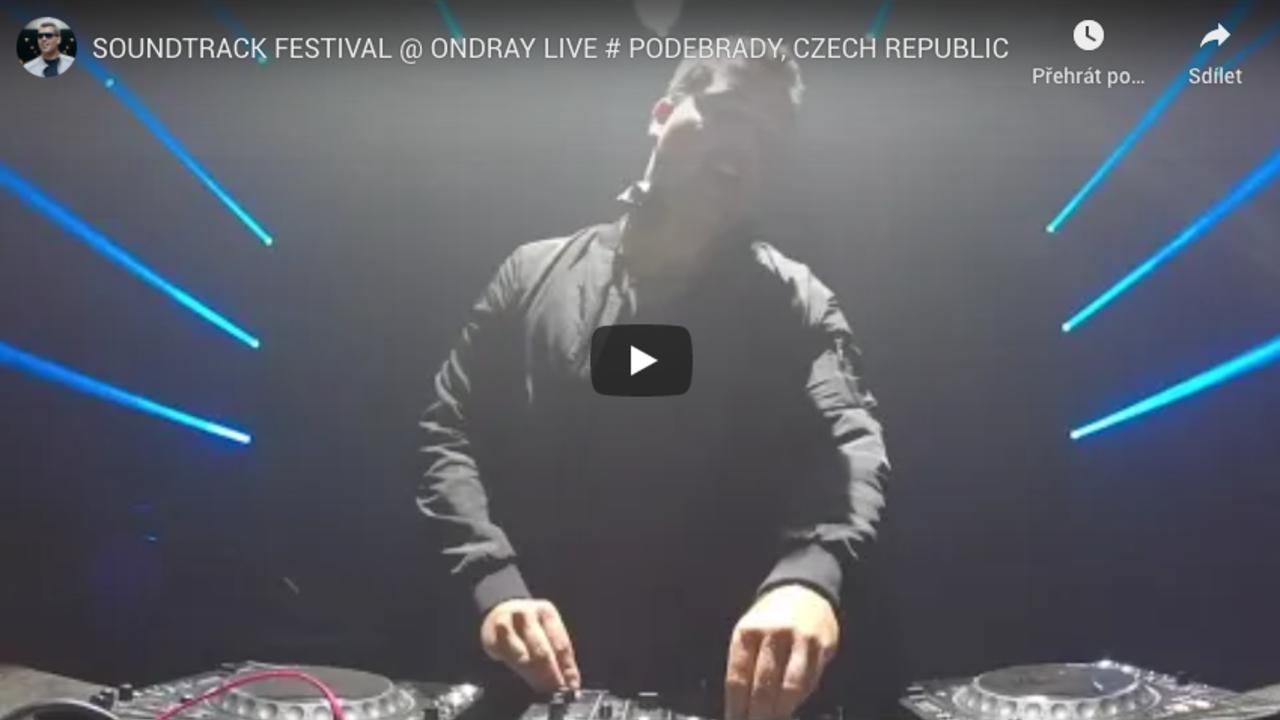 Ondra Vodný hrál na festivalu Soundtrack Poděbrady po koncertu Čechomor.