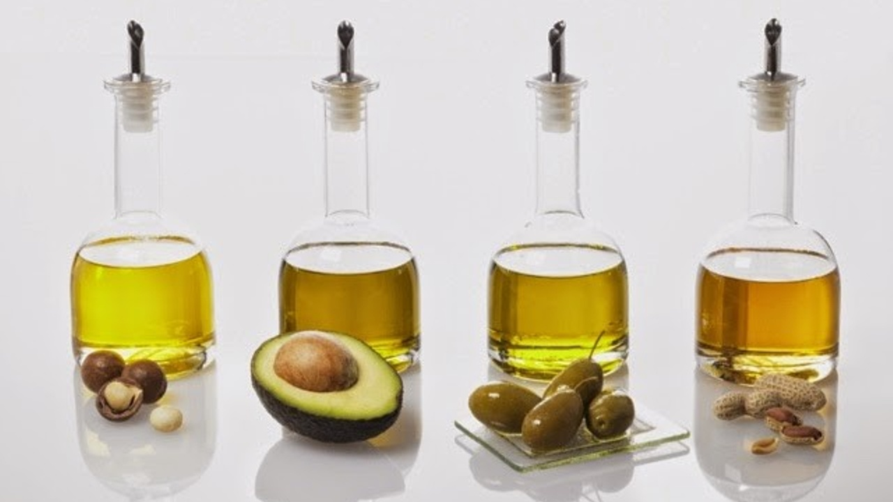 4 vegetable oils in a row