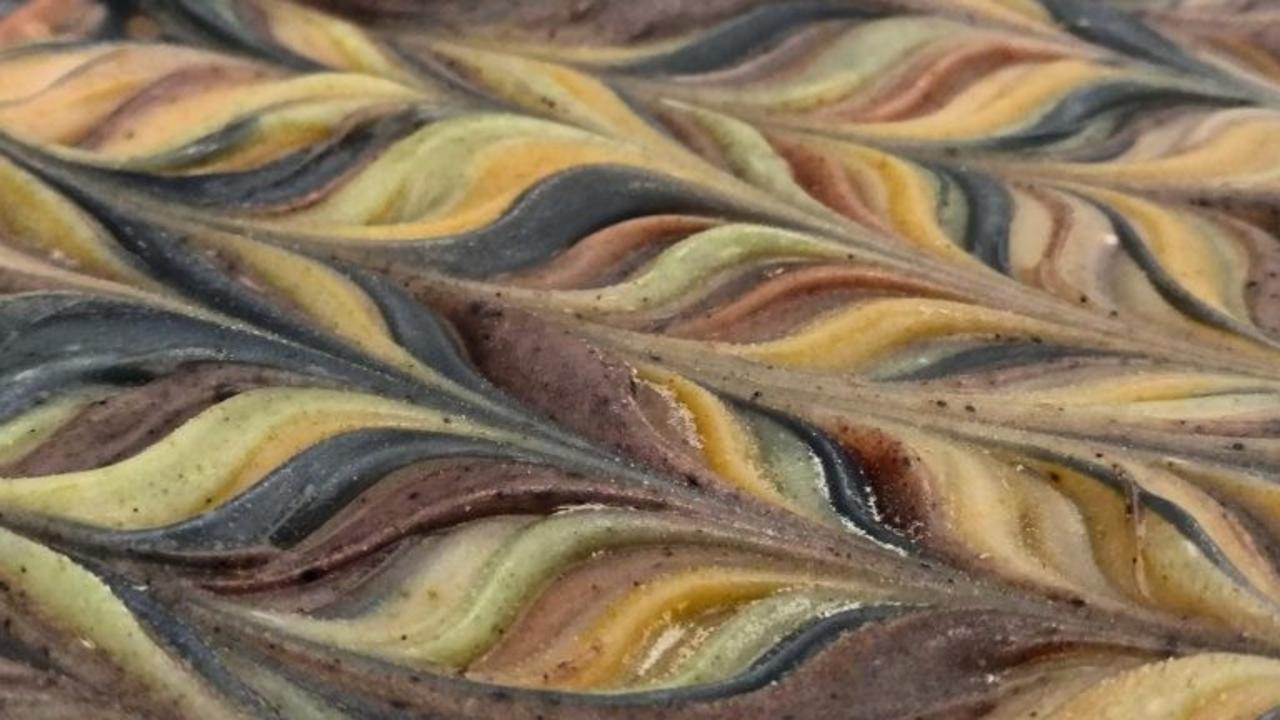 natural colorant swirl