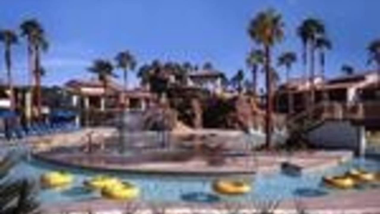 Luxury Hotel in Palm Springs