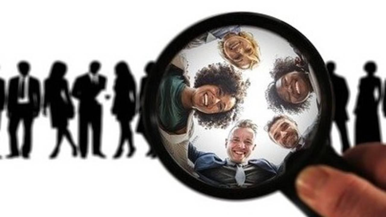 Find Virtual Assistant Clients