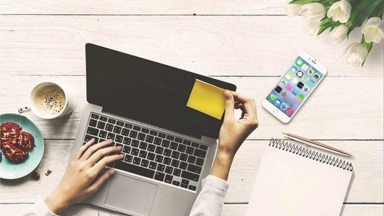 Virtual Assistant using Social Media Marketing