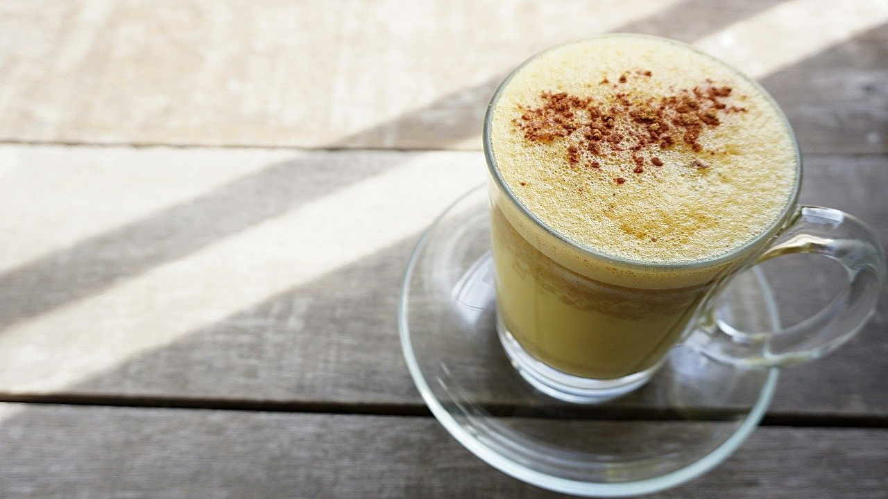 Golden Turmeric and Ginger Latte
