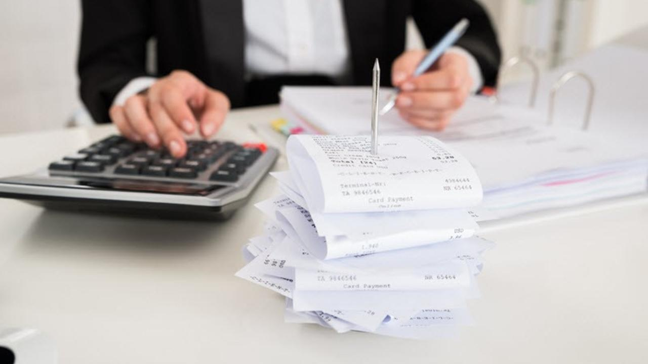 Why receipt bank is a must for business owners