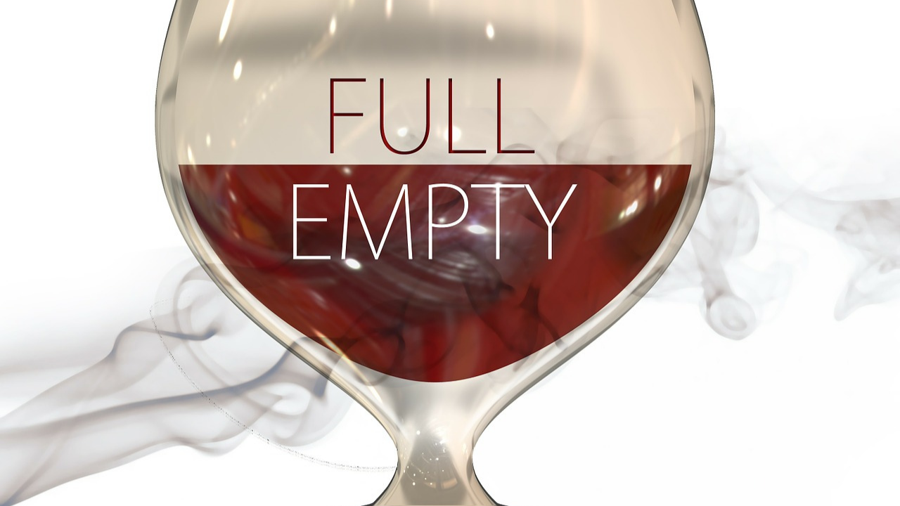negative-words-glass-half-empty