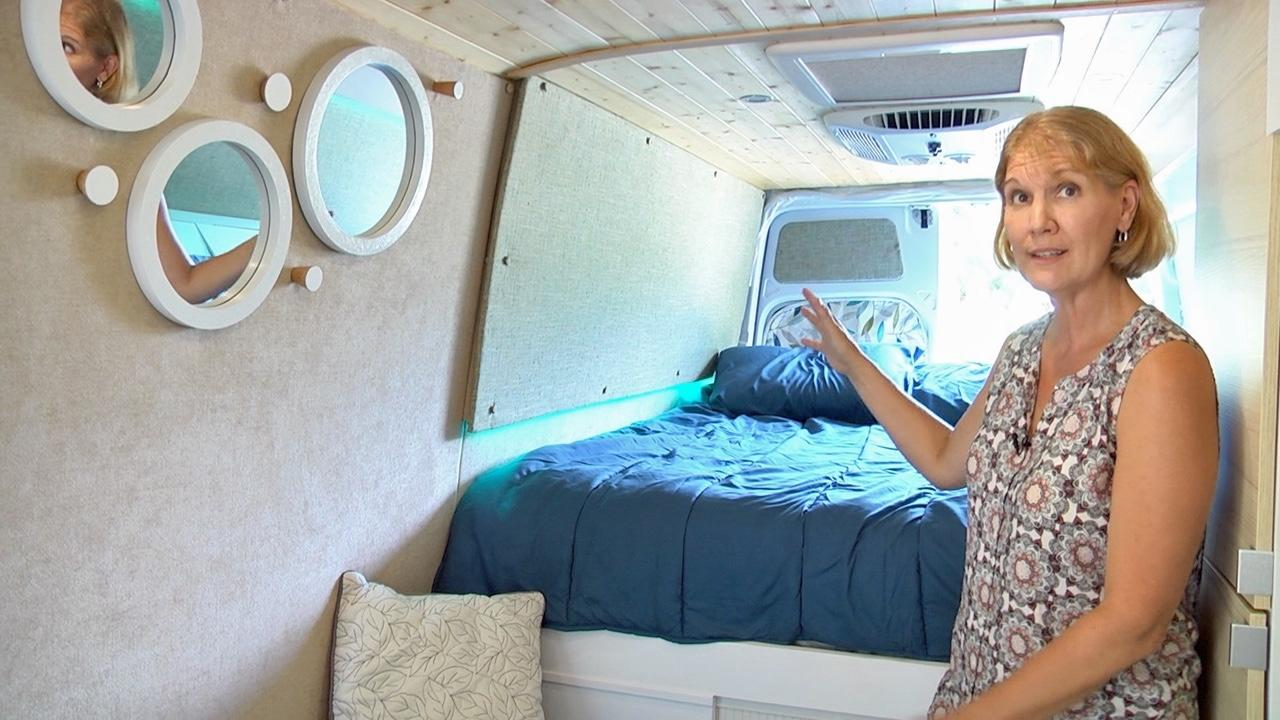 Wendy and Larry's Awesome Freightliner (Sprinter) Van Build