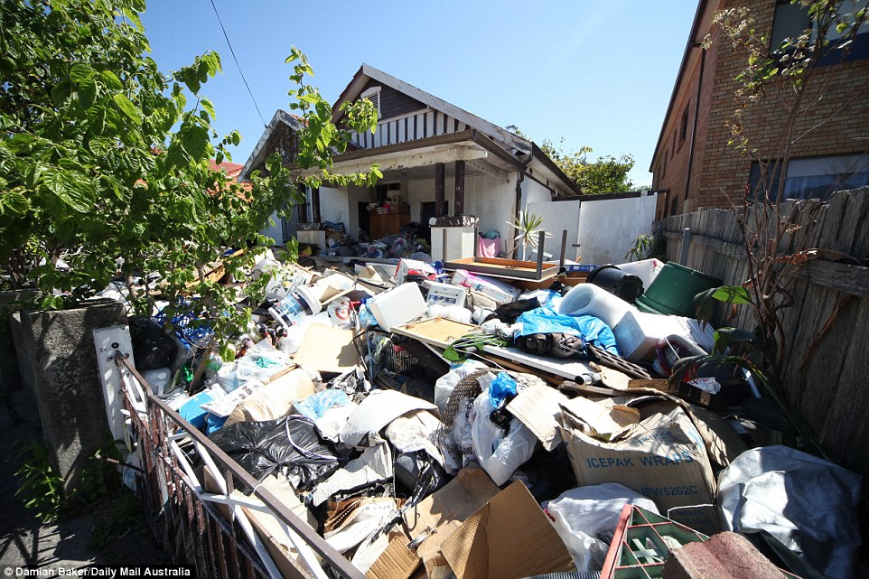 Hoarder House Cleaning