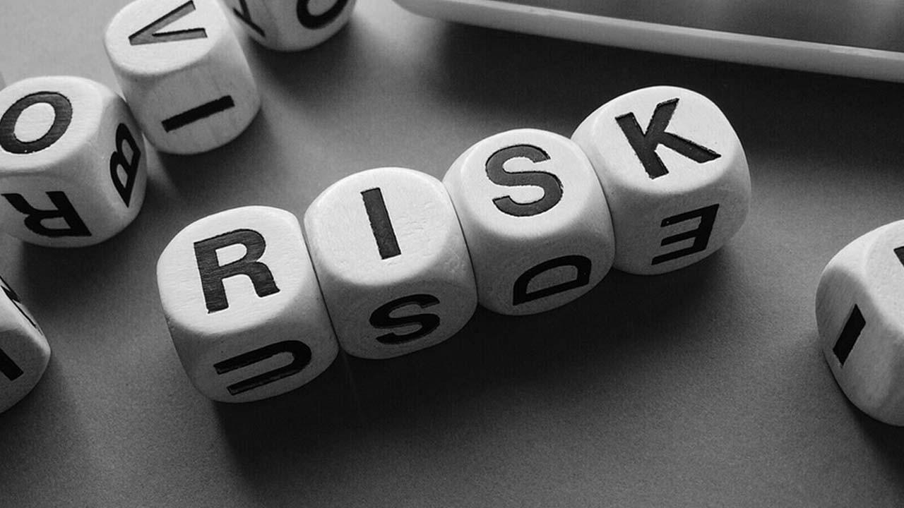 5 Tips to Better Manage and Reduce Project Risk