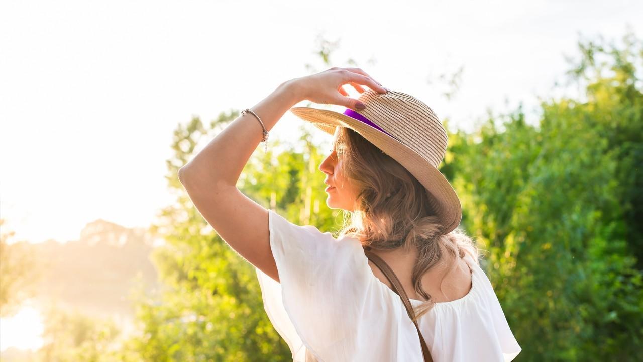 А у вас есть аллергия на солнце? Полиморфный фотодерматоз, всё что нужно знать.