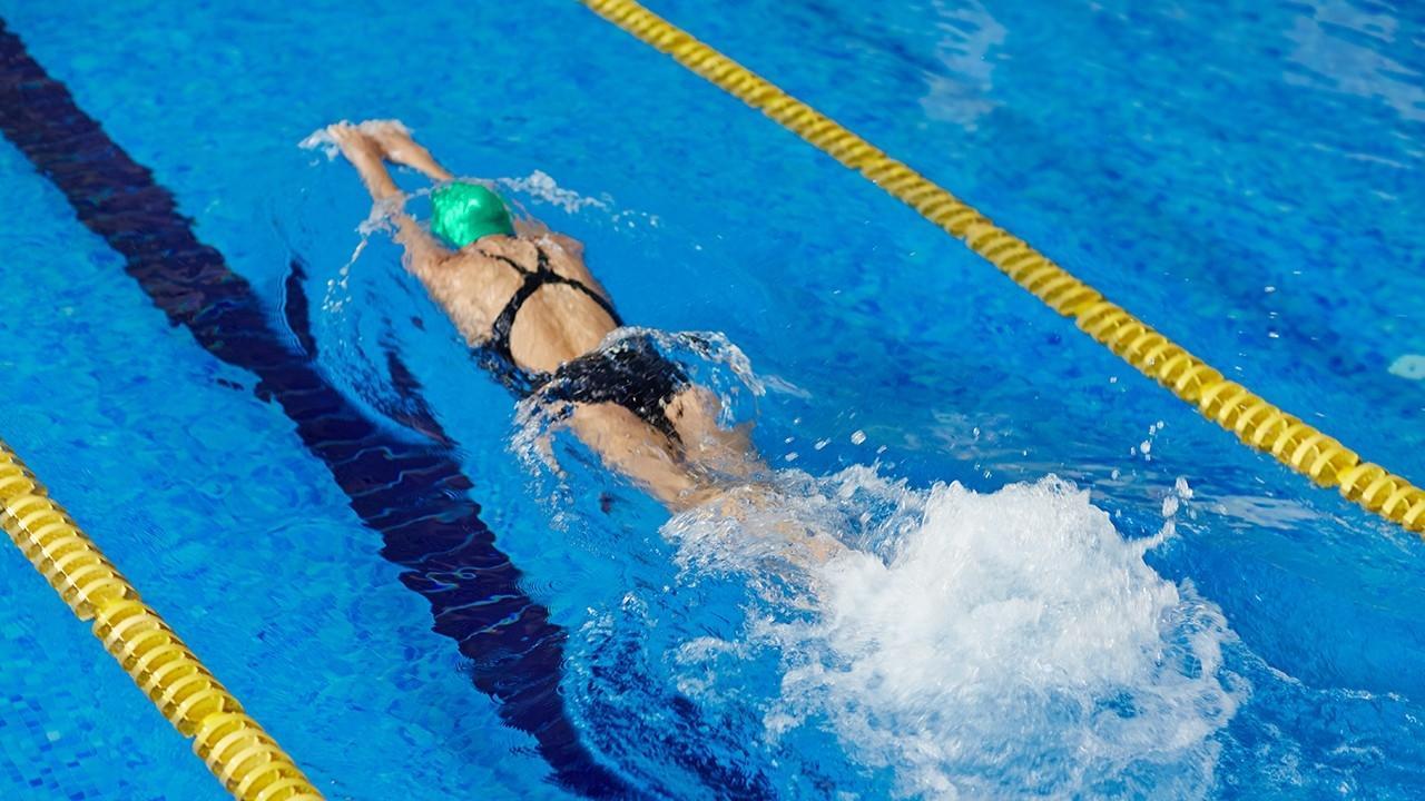 Как похудеть, занимаясь плаванием