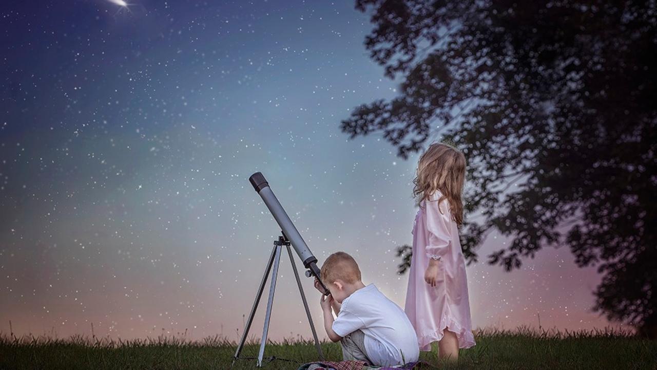 Aiicj1gcq76trbjktiqh grass stars