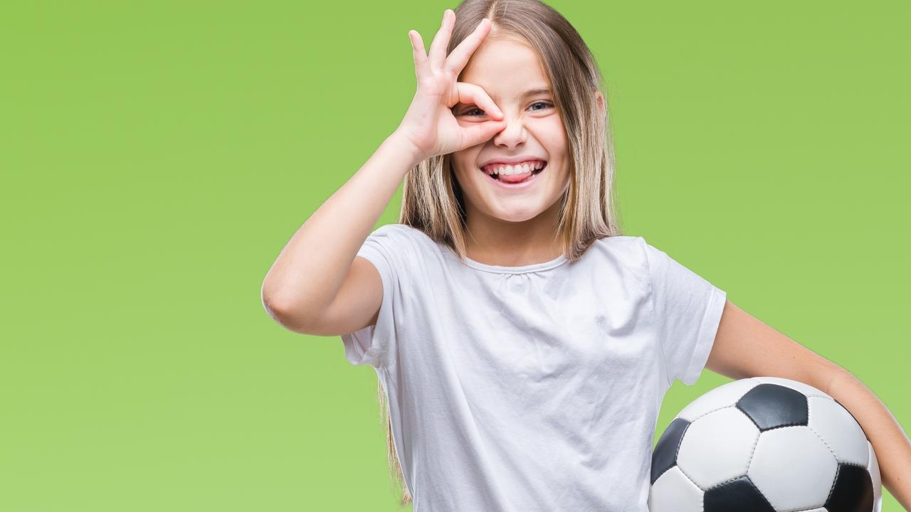 J5pi3j7vrmgjsvqcbnar soccer girl adobestock 222636412