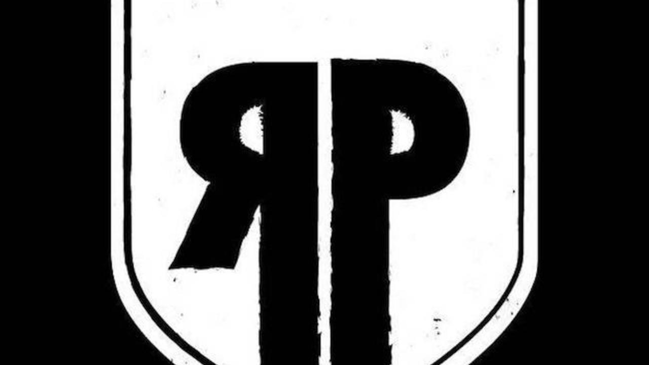 Btoowtzprwcu2xmy2825 rebel black and white shield logo