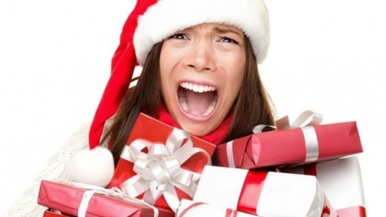 Kwv3qk7hsvmn1gwik18a ht1rihw5tnk0hhqnssvn christmas stress shopping e1444980935743