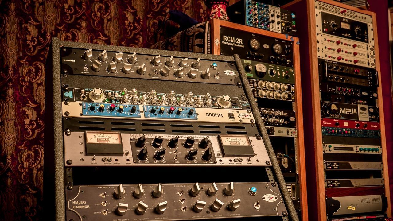 X84ek47rtmcqlhgvzfdr mastering rack res 80