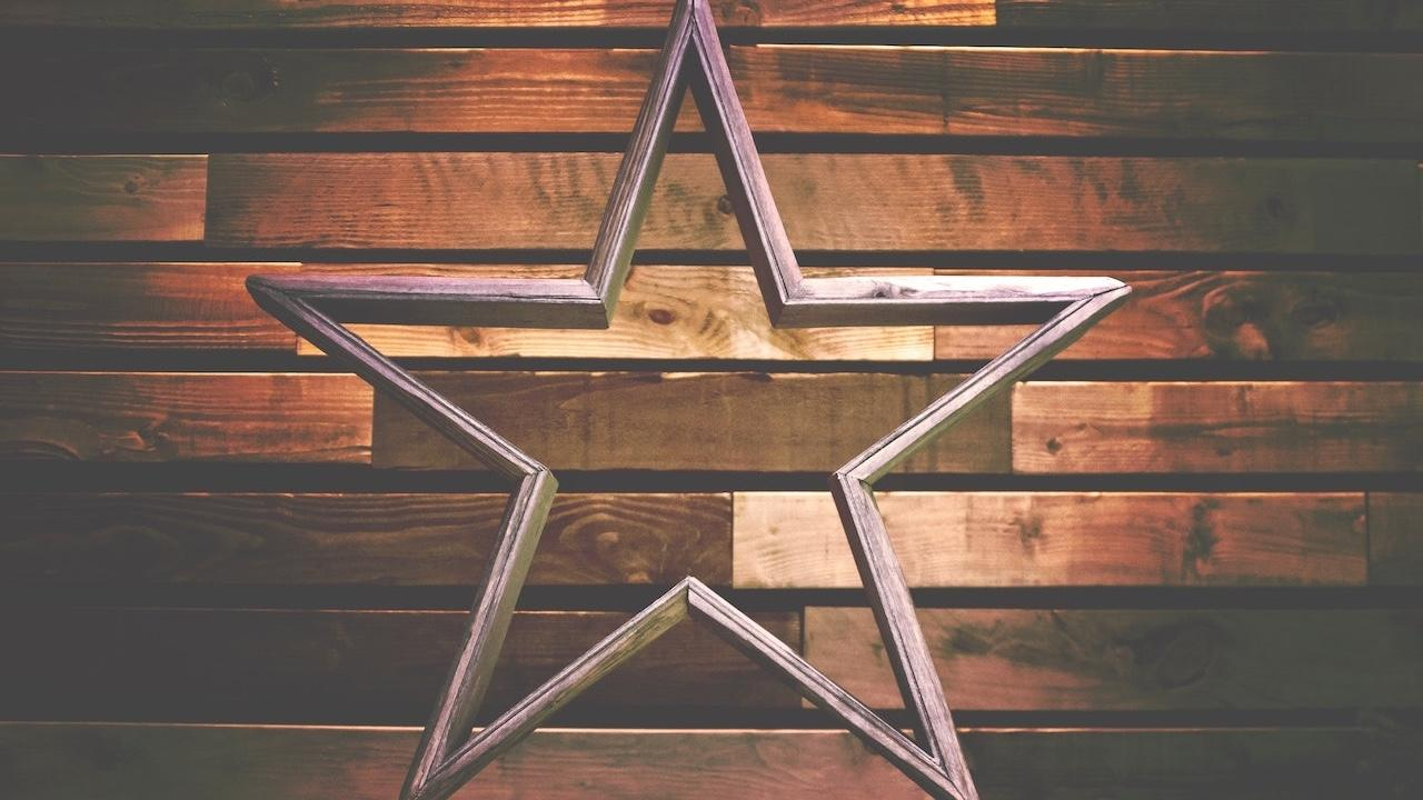 6wdyefdcrcopl9akm9on star compressed