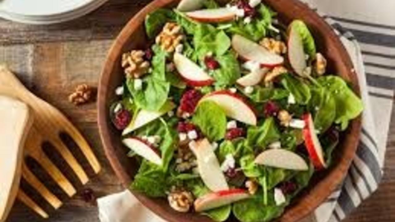 Cfqjkjgfs6ykis1tqevo salad healthy