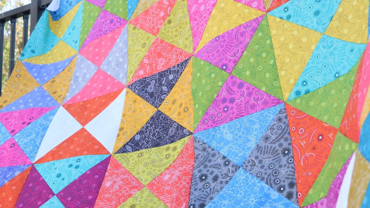 Layer Cake Hourglass Quilt Top Tutorial Course for Beginners