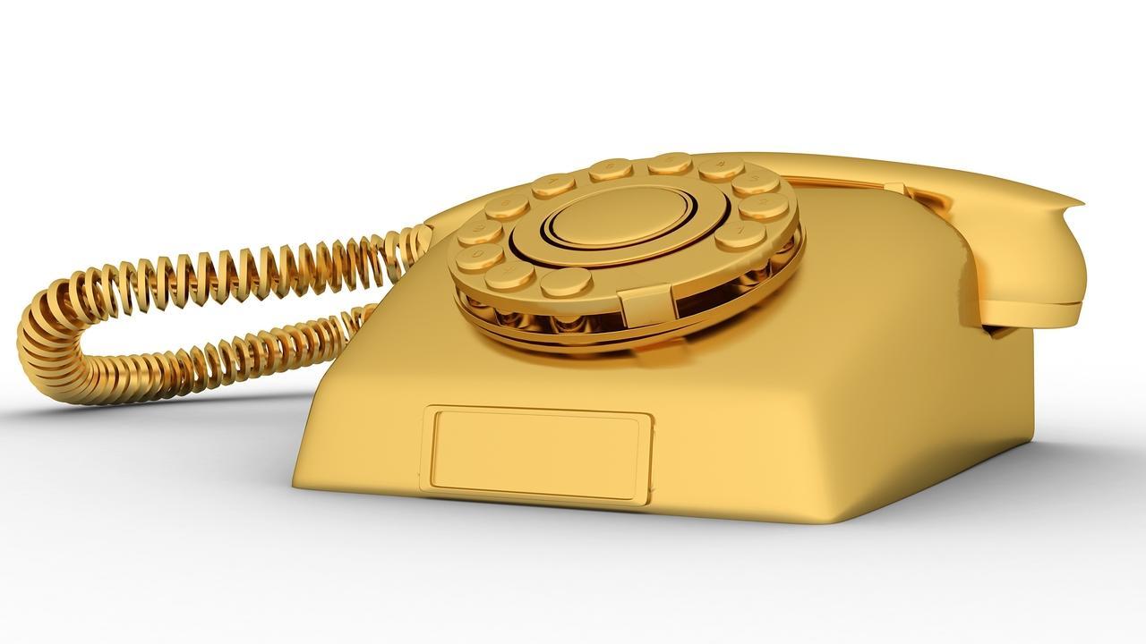 Fsjika0q0cl9u5lw5iyq golden phone gysvauoo