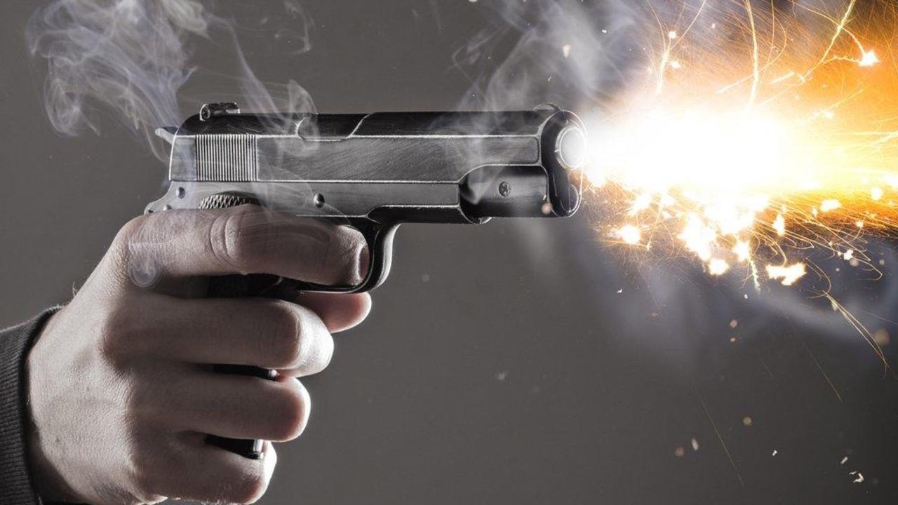 Acm6oltwqzqmtihx7bvw cepqs4vjq62mhllp2ku4 handgun firing