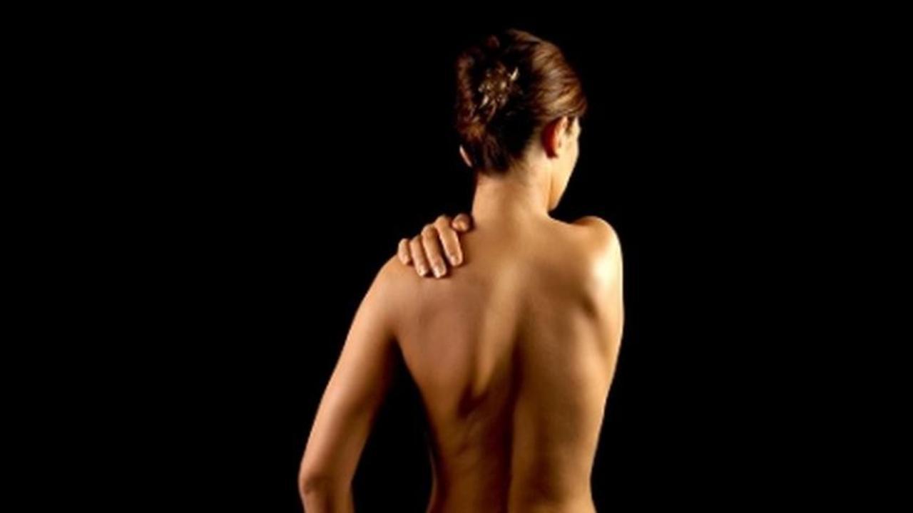54oad658qzqkz4arhkkx back pain