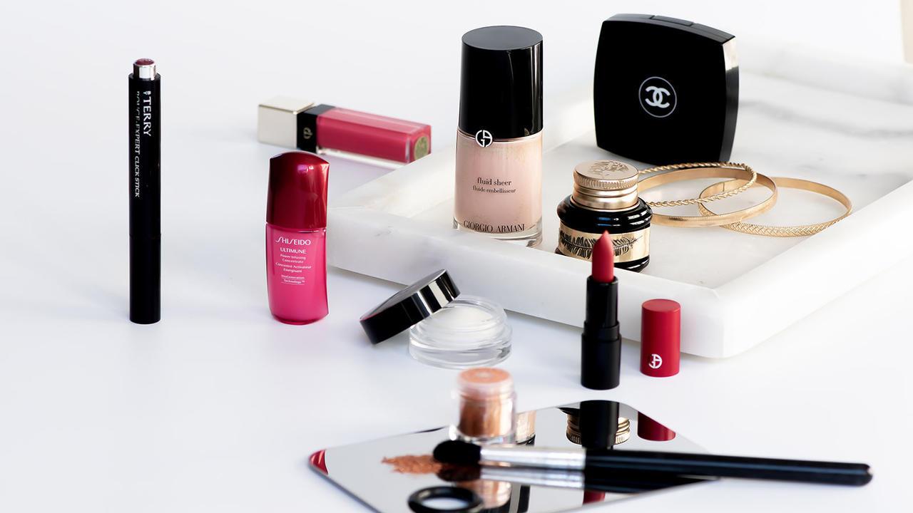 H66n80hs7il5mguq6mwt makeup artist online courses 17