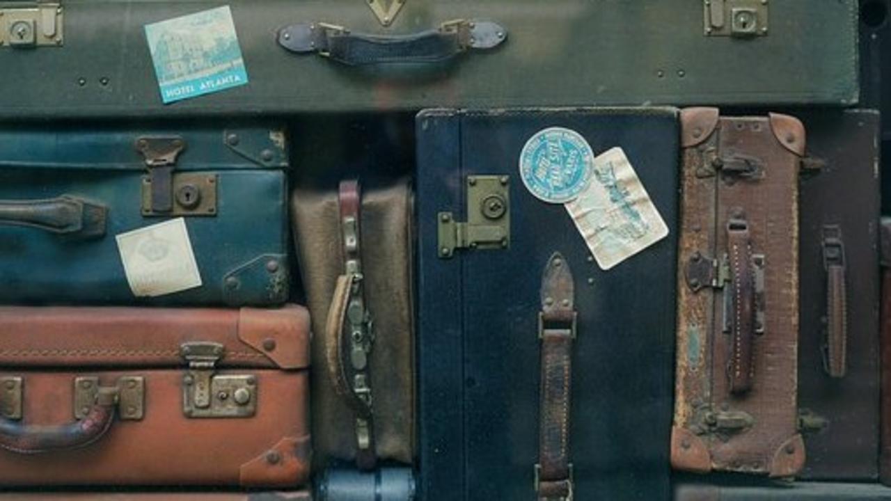 Mf3nqqaqxyyy3wmbqo8w baggage 2597666 340