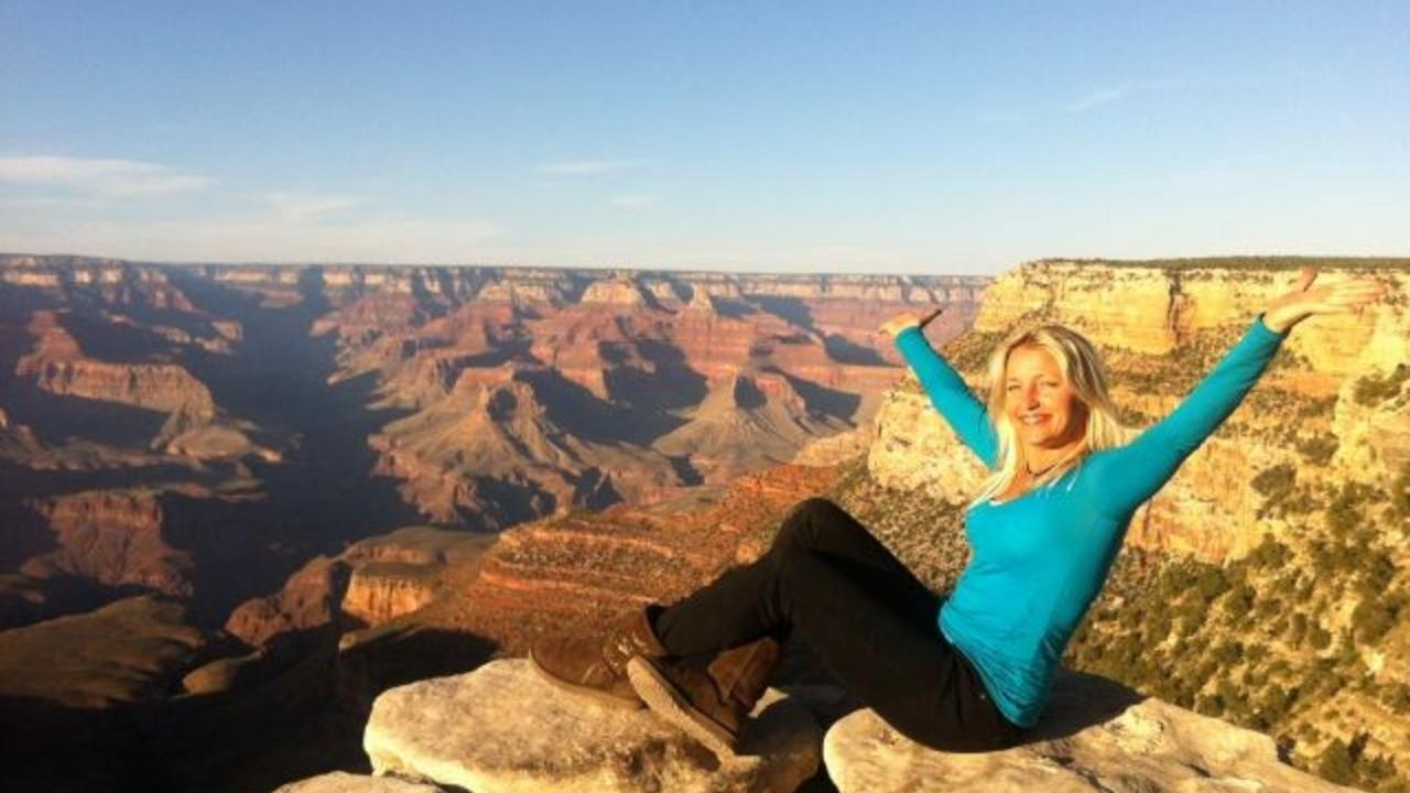 Fkw1m2cxtrcjjfrmssvl maria brophy at top of grand canyon may 2013