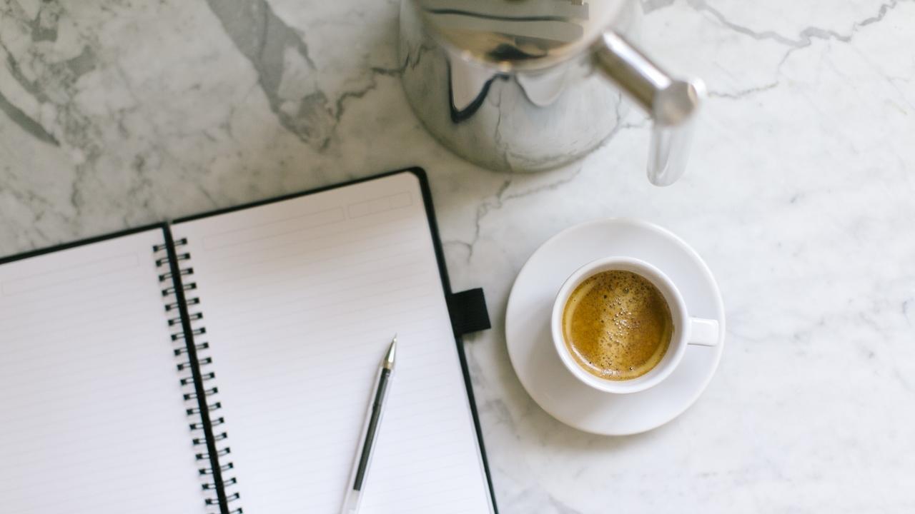 Ikit2xwrma1vnguunqvo coffee writing