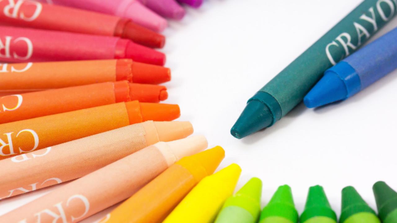 Dzj5ooiqrj6fywzmeotg crayons