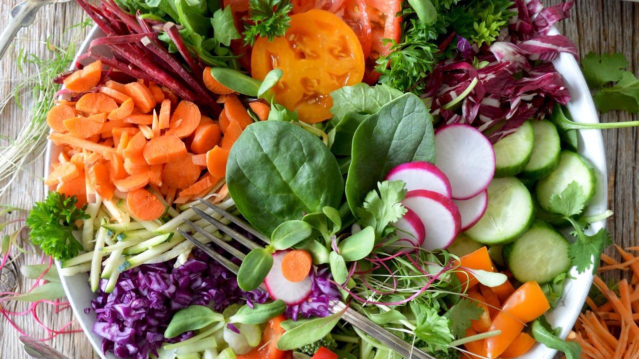 9otctbb8r3w5qt6lvuna salad
