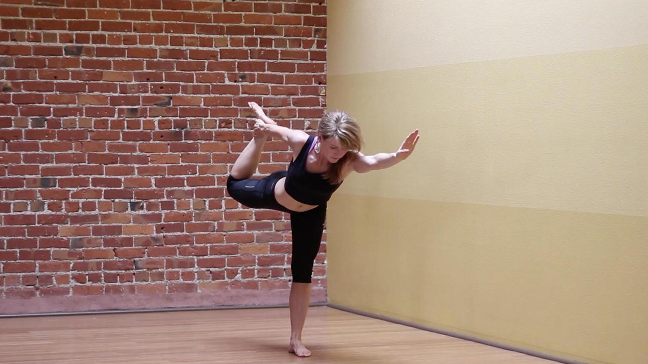 8sxopggrst6f9t6lncgs luci gabel yoga dancer pose