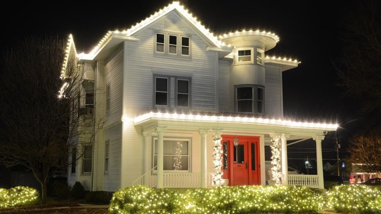 N4obderutcsq5l3vhore christmas lighting installtion